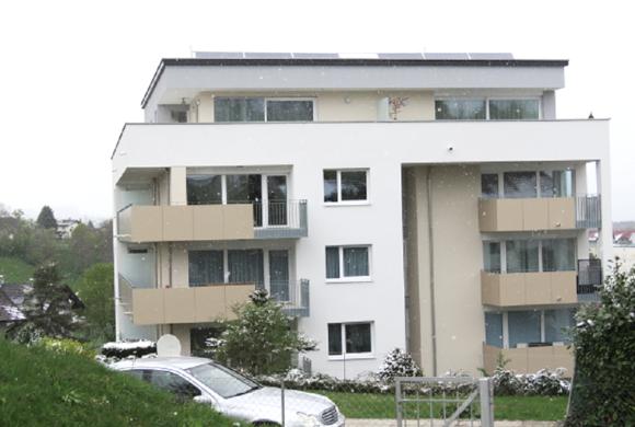 Unser Ziel bei unserer Malerei & Fassadensanierung: zufriedene Kunden, so wie dieser!